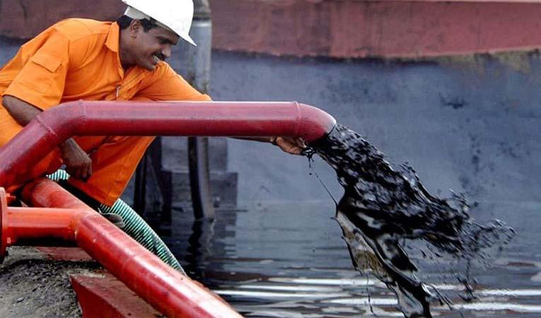 Brent petrol 17 ayın zirvesini gördü