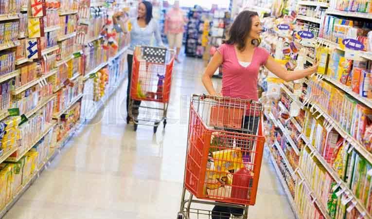 Tüketici güveni ekimde düştü