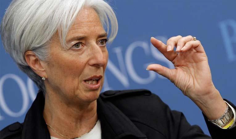 IMF: Petroldeki düşüş ekonomiyi büyütmez