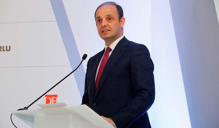 """""""Türk ekonomisi olumlu ayrışacak"""""""