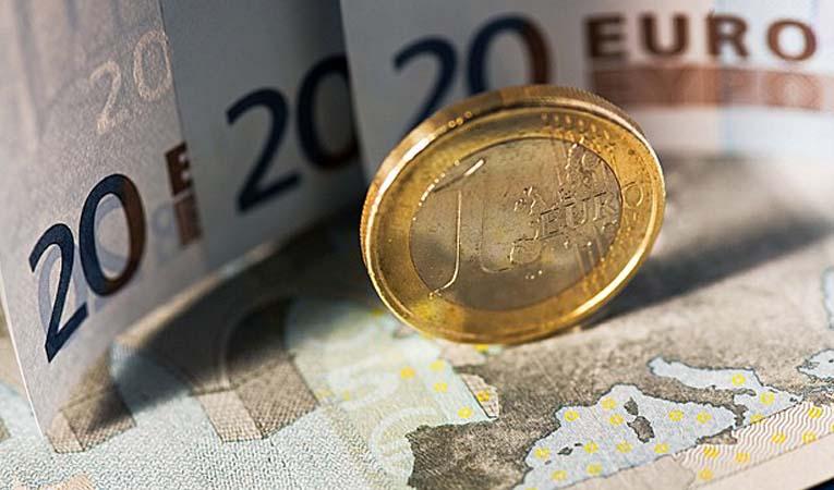 Euro Bölgesi'nde umutlar artıyor