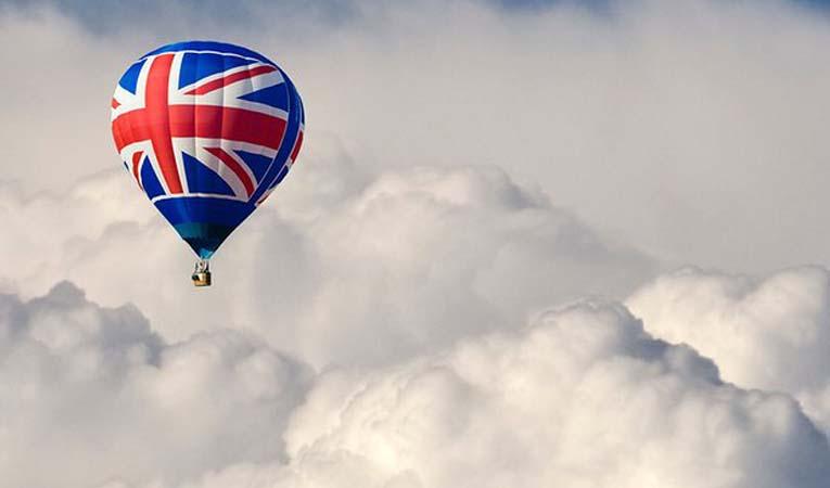 'İngiltere'de işe alımlar durabilir'