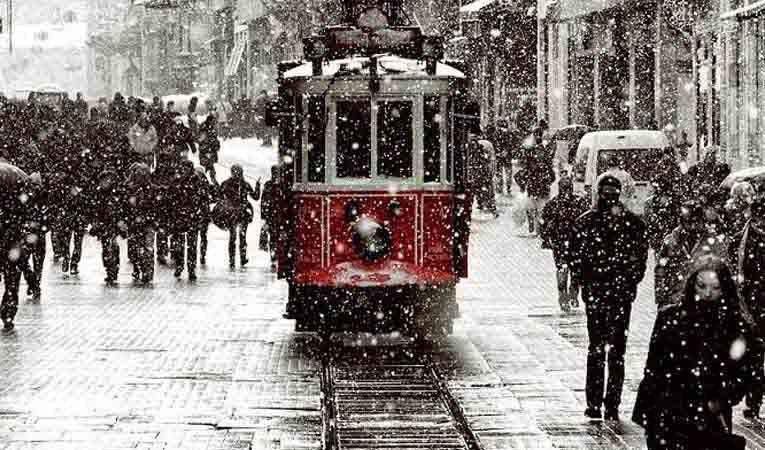 İSTANBUL, YENİ YILA KARLA GİRECEK