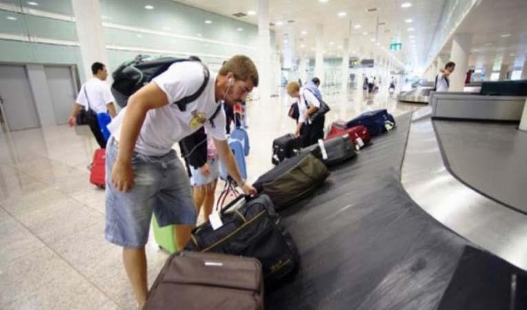 Kasımda turist sayısı yüzde 21,4 düştü