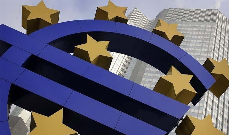 Euro Bölgesi'nde enflasyon pozitife döndü