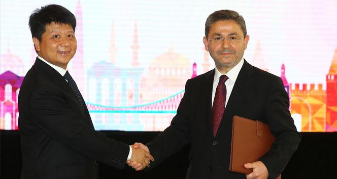 Turkcell ve Huawei 5G için el sıkıştı
