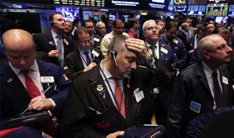 Piyasalarda ibre aşağı yönlü
