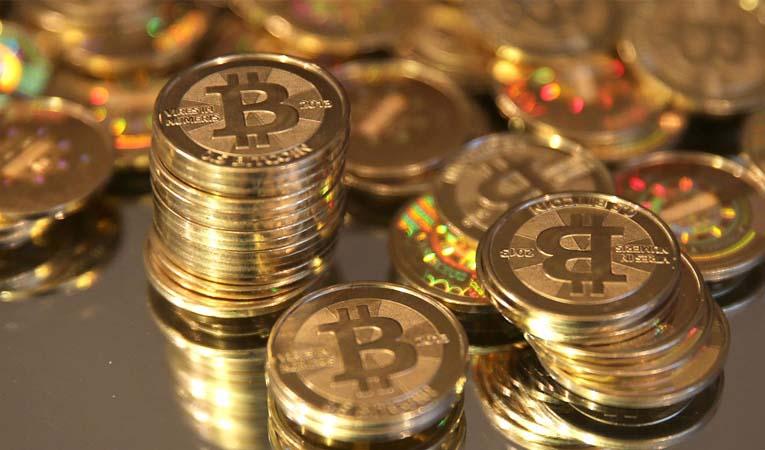 Bitcoin bin 700 doların üzerine çıktı