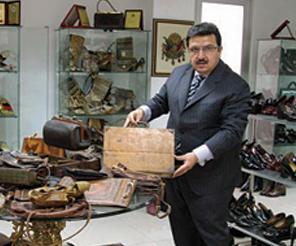 Ayakkabıya aşık iş adamı
