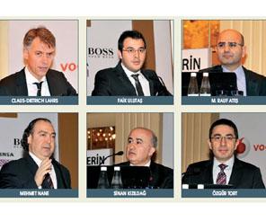 Hugo Boss'un CEO'sunu perakendeciler ağırladı