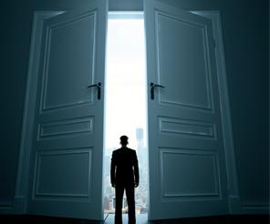 Kapı açan özellikler